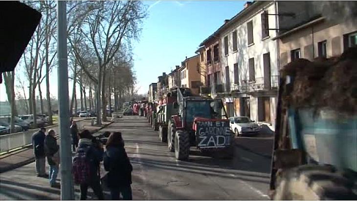 Début de la Manifestation d'Agriculteurs d'Occitanie à Montauban le 24 janvier 2018 @FNSEA @Prefet_82 @Occitanie