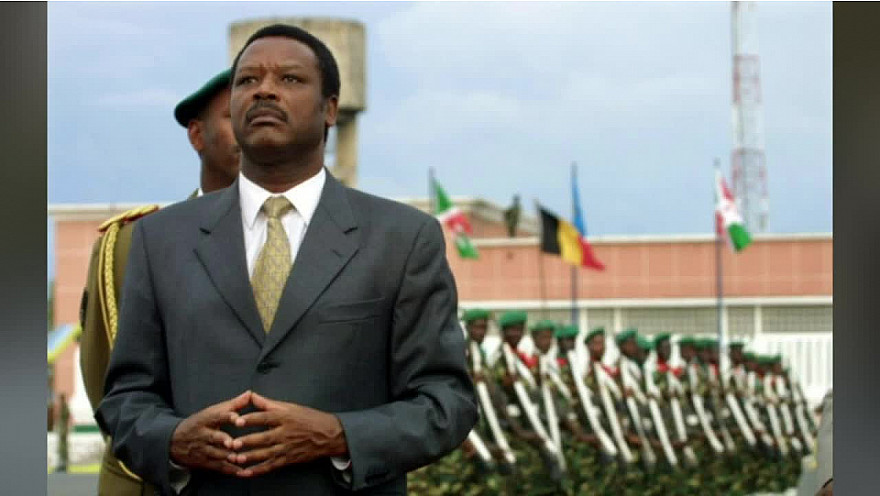 Pourquoi les présidents africains s'accrochent-ils au pouvoir? Réponse de Pierre BUYOYA, ancien Président du Burundi en Afrique de L'est, pendant 13 ans.